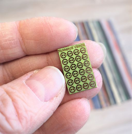Buttons, 2,3mm, green